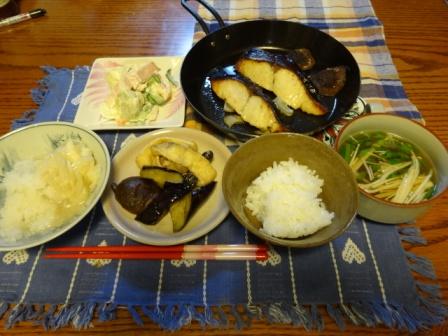 お1人様の夕食1.jpg