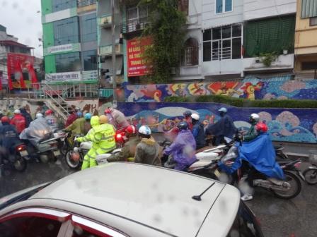 ハノイのバイク.jpg