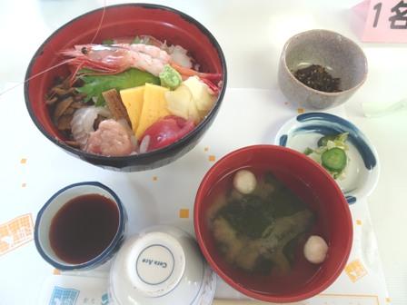 伝承館の昼ご飯.JPG