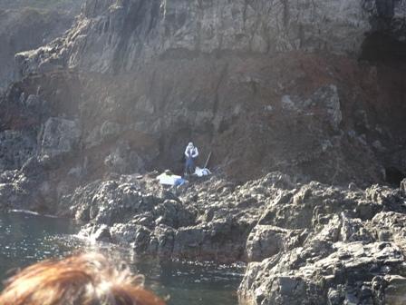 孤独な釣り人.JPG