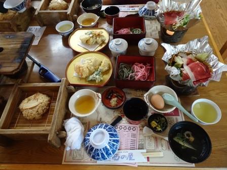 岡山の昼ご飯.JPG