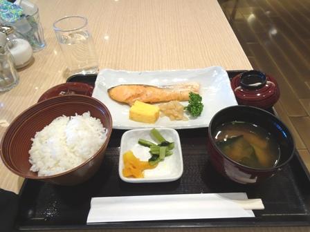 朝食羽田の.JPG