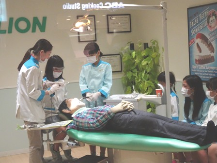 歯科技工士.JPG