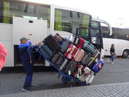 皆の荷物.JPG