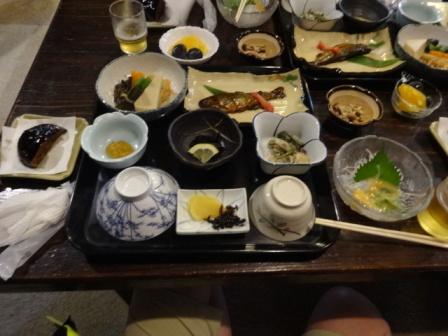 石鎚宿の夕食.JPG