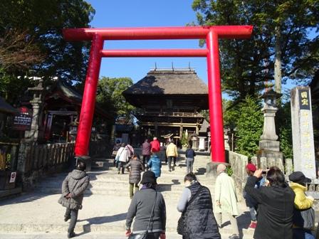 鳥居宝青井阿蘇神社.JPG