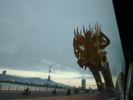 龍の橋.jpg