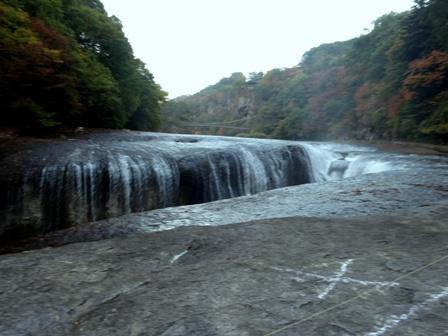 1吹き割の滝.jpg