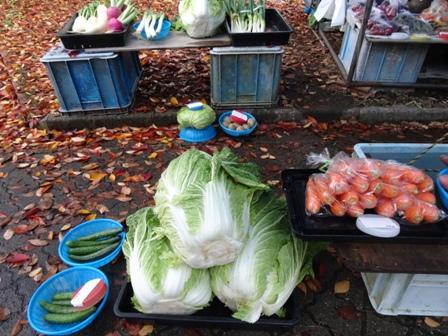 1野菜市.JPG