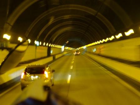 2トンネル.jpg