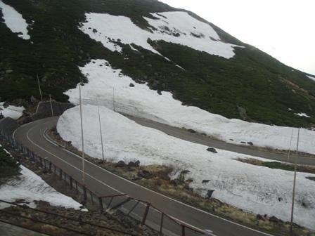 2雪の壁.JPG