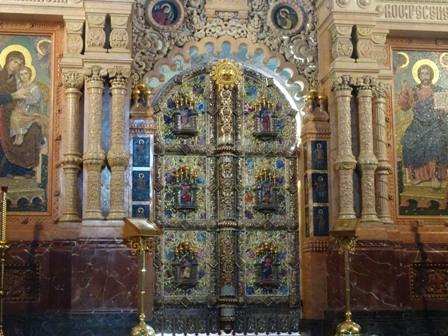 3地の上の教会.JPG