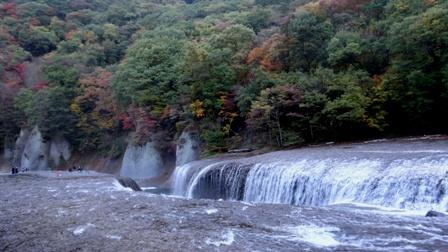 6吹き割の滝.jpg